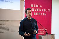 DEU, Deutschland, Germany, Berlin, 17.04.2018: Bertram Gugel, Programmkonzeption Media Convention Berlin, bei einer Pressekonferenz zur Vorstellung des Programms der republica Konferenz und Media Convention Berlin.