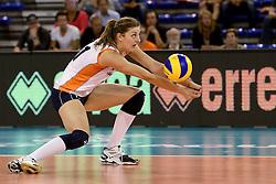 01-06-2014 NED:  Vriendschappelijk Nedeland - Belgie, Eindhoven<br /> Nederland wint met 3-2 van Belgie / Anne Buijs