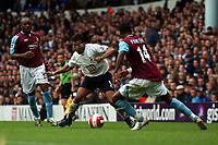 Photo: Olly Greenwood.<br />Tottenham Hotspur v West Ham United. The Barclays Premiership. 22/10/2006. Tottenham's Edgar Davids goes past West Ham's John Panstil