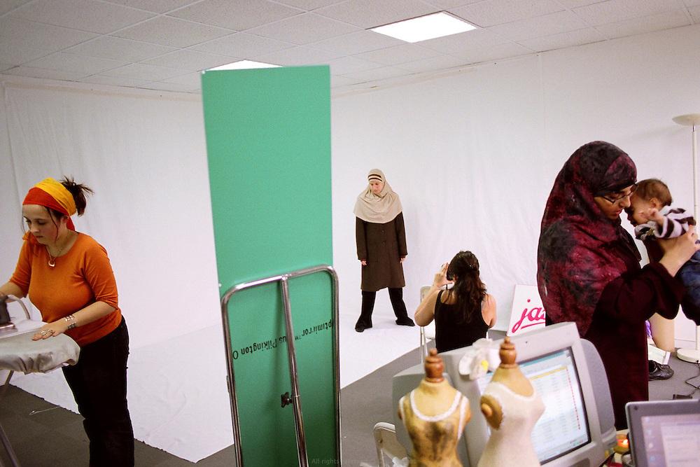 Studio de la marque Jasmeen, Torcy, France, 2006.<br /> Jasmeen designer studio, Torcy, France 2006.
