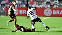 Fotball , 29. juli 2020 , Eliteserien  ,  Mjøndalen - Odd<br /> Joshua Kitolano , Odd<br /> Martin Rønning Ovenstad