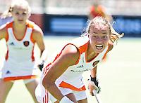 ROSARIO - Maartje Paumen wist niet te scoren,  zaterdag tijdens Nederland-China (3-1)  bij de Champions Trophy Hockey 2012 voor vrouwen in het Argentijse Rosario.  ANP KOEN SUYK