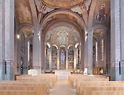 Nave and absid, Nanterre Cathedral (Cathédrale Sainte-Geneviève-et-Saint-Maurice de Nanterre), 1924 - 1937, by architects Georges Pradelle and Yves-Marie Froidevaux, Nanterre, Hauts-de-Seine, France. Picture by Manuel Cohen