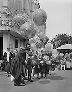 Balloon Seller at the Prater, Vienna, Austria, 1933
