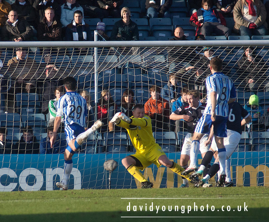 Mauel Pascali is in acres of space as he heads Kilmarnock ahead - Dundee v Kilmarnock, William Hill Scottish FA Cup 4th Round,..- © David Young - .5 Foundry Place - .Monifieth - .DD5 4BB - .Telephone 07765 252616 - .email; davidyoungphoto@gmail.com - .web; www.davidyoungphoto.co.uk.