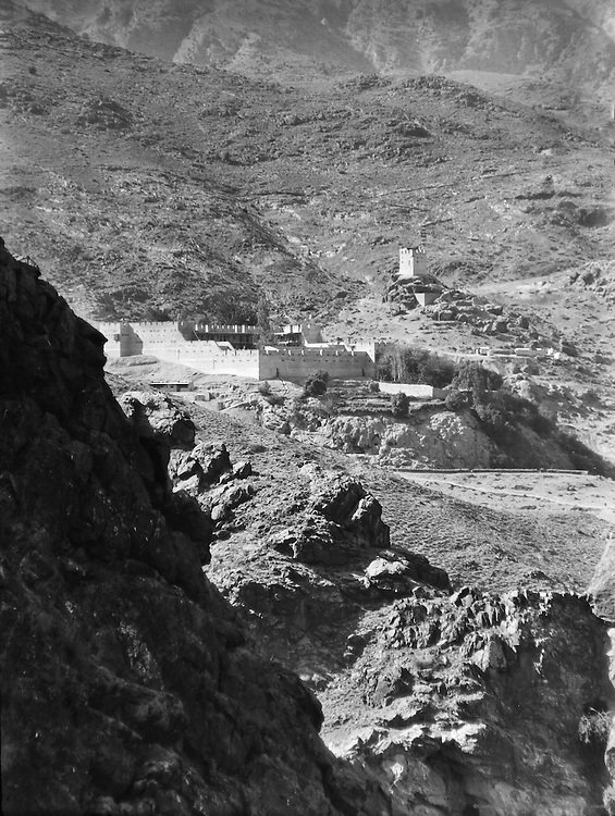 Fort, Khyber Pass, India, 1929