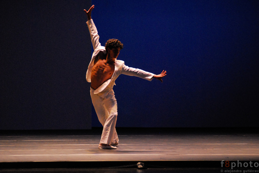 The dancer Isaac Hernández during a performance in the First Dance Festival Ibérica Contemporánea, Querétaro, México, 2007