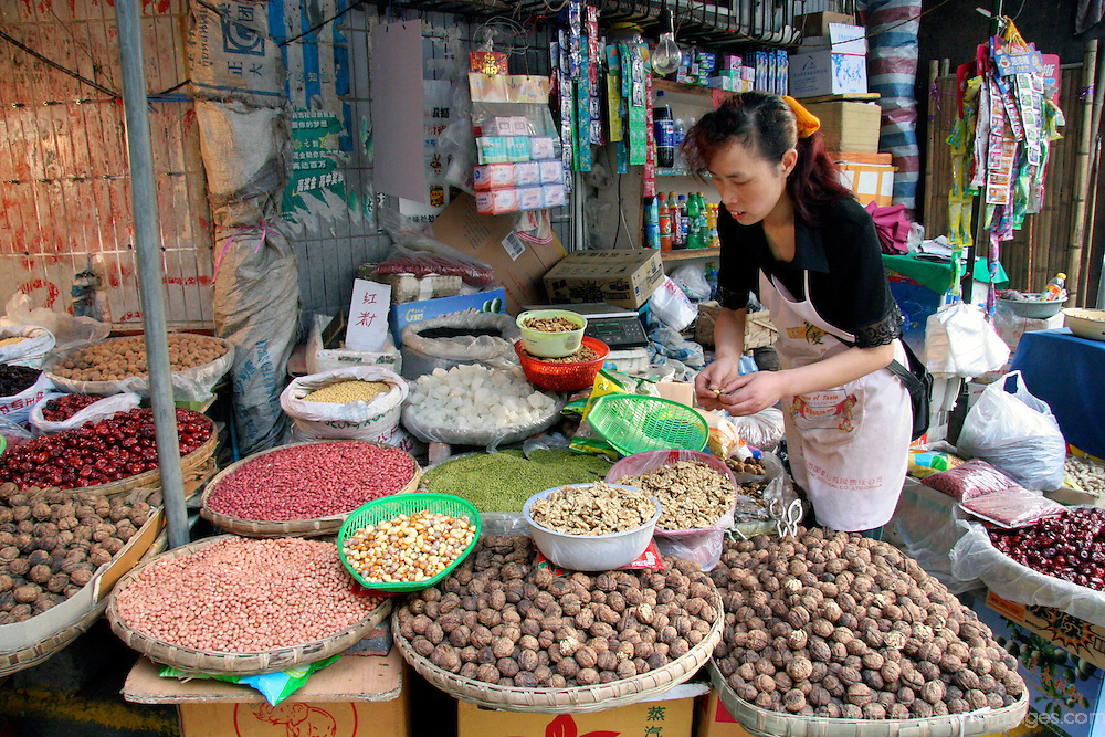 Asia, China, Chongqing. Local street market in the city of Chongqing.