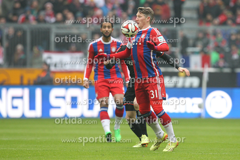 14.02.2015, Allianz Arena, Muenchen, GER, 1. FBL, FC Bayern Muenchen vs Hamburger SV, 21. Runde, im Bild Bastian Schweinsteiger #31 (FC Bayern Muenchen) // during the German Bundesliga 21th round match between FC Bayern Munich and Hamburger SV at the Allianz Arena in Muenchen, Germany on 2015/02/14. EXPA Pictures &copy; 2015, PhotoCredit: EXPA/ Eibner-Pressefoto/ Kolbert<br /> <br /> *****ATTENTION - OUT of GER*****
