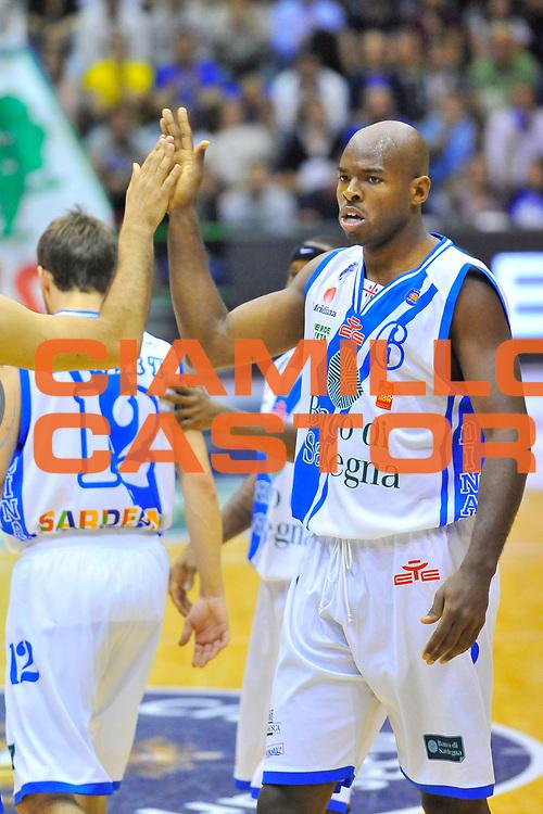 DESCRIZIONE : Campionato 2013/14 Semifinale GARA 3 Dinamo Banco di Sardegna Sassari - Olimpia EA7 Emporio Armani Milano<br /> GIOCATORE : Caleb Green<br /> CATEGORIA : Fair Play<br /> SQUADRA : Dinamo Banco di Sardegna Sassari<br /> EVENTO : LegaBasket Serie A Beko Playoff 2013/2014<br /> GARA : Dinamo Banco di Sardegna Sassari - Olimpia EA7 Emporio Armani Milano<br /> DATA : 03/06/2014<br /> SPORT : Pallacanestro <br /> AUTORE : Agenzia Ciamillo-Castoria / Luigi Canu<br /> Galleria : LegaBasket Serie A Beko Playoff 2013/2014<br /> Fotonotizia : DESCRIZIONE : Campionato 2013/14 Semifinale GARA 3 Dinamo Banco di Sardegna Sassari - Olimpia EA7 Emporio Armani Milano<br /> Predefinita :