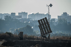 An Iron Dome anti-missile shield system is deployed near Ashdod, a south Israeli city bordering the Gaza Strip, on July 8, 2014. Israel's security cabinet decided on Tuesday to draft 40,000 reserve soldiers for a major military operation Israel launched on the Hamas-ruled Gaza Strip earlier in the day. EXPA Pictures © 2014, PhotoCredit: EXPA/ Photoshot/ Li Rui<br /> <br /> *****ATTENTION - for AUT, SLO, CRO, SRB, BIH, MAZ only*****