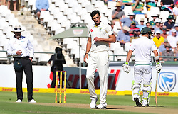 Cape Town-180322 Australian  Mitchell Starc bowling against South Africa in the 3rd sunfoil cricket test at Newlands cricket stadium..Photograph:Phando Jikelo/African News Agency/ANA