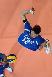09-06-2013 VOLLEYBAL: WORLD LEAGUE NEDERLANDS - JAPAN: APELDOORN<br /> Nederland wint ook de tweede wedstrijd en verslaat Japan met 3-0 / Thomas Koelewijn<br /> ©2013-FotoHoogendoorn.nl