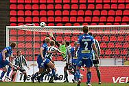 22.05.2008, Ratina, Tampere, Finland..Veikkausliiga 2008 - Finnish League 2008.Tampere United - FC KooTeePee.Mathias Lindstr?min pusku uppoaa (toinen vas.) uppoaa Janne Henrikssonin vartioimaan KooTeePeen maalin ja TamU siirtyy 3-1 johtoon Ratinan tyhjien penkkirivien edess?.©Juha Tamminen.....ARK:k