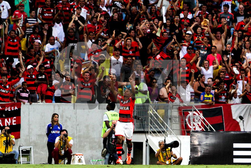 RIO DE JANEIRO, 04.05.2014 - Marcio Araújo do Flamengo comemora seu gol durante o jogo contra Palmeiras pela terceira rodada do Campeonato Brasileiro disputado neste domingo no Maracanã. (Foto: Néstor J. Beremblum / Brazil Photo Press)