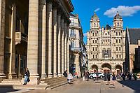 France, Côte-d'Or (21), Paysage culturel des climats de Bourgogne classés Patrimoine Mondial de l'UNESCO, Dijon, l'église Saint-Michel