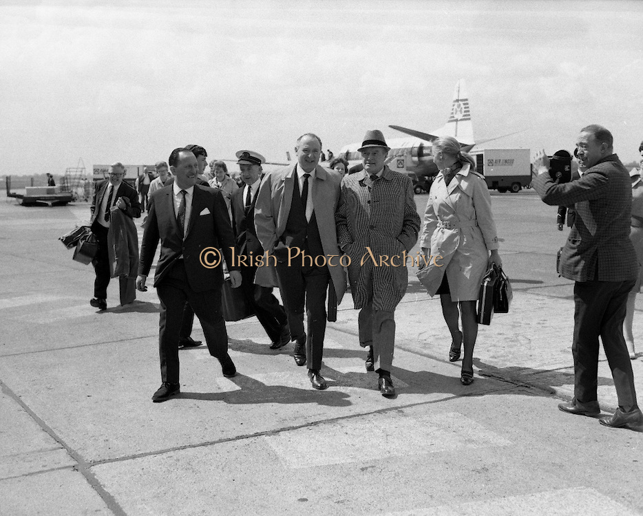 "Bob Hope, accompanied by Lady Caroline Townsend (his Press Agent in London), prepares for his whirlwind visit to Ireland as he steps from thte plane at Dublin Airport. He is in Dublin to appear at the Savoy Cinema where his film ""8 on the Run"" has opened..18.05.1968"