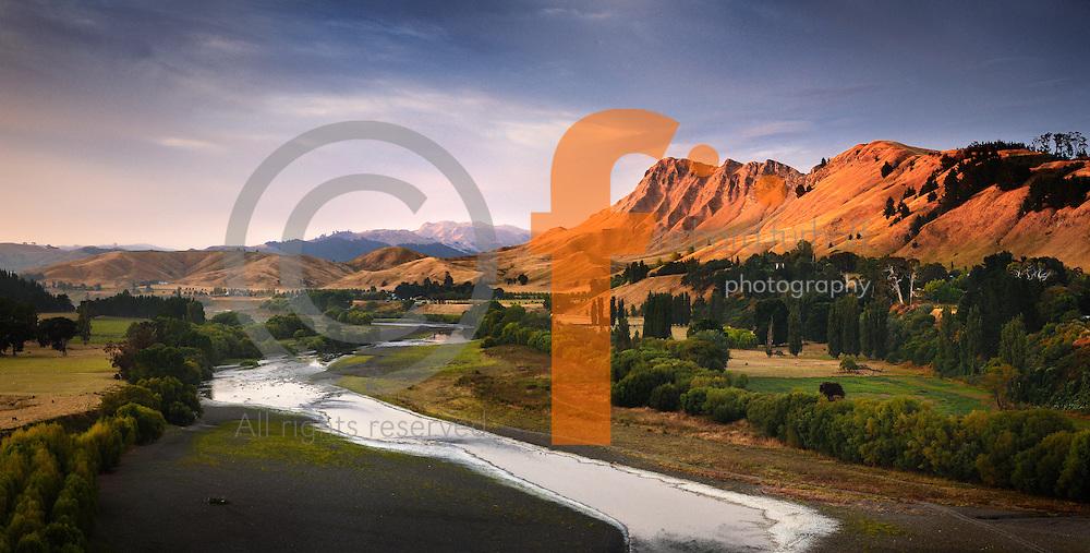 Job110101_NewZealand_DSC2101_NX.tif.Overlooking the Tuki Tuki River to Te Mata Peak .Near Hastings, North Island New Zealand...