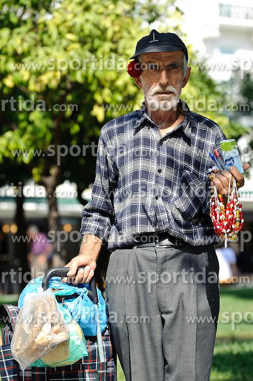 THEMENBILD - Finanzkrise in Griechenland. Ein Mann verbringt Zeit in einem Park. EXPA Pictures © 2011, PhotoCredit: EXPA/ S. Zangrando