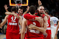 12.09.2014, City Arena, Madrid, ESP, FIBA WM, Frankreich vs Serbien, Halbfinale, im Bild Serbia´s Bjelica and Raduljica celebrate // during FIBA Basketball World Cup Spain 2014 semifinal match between France and Serbia at the City Arena in Madrid, Spain on 2014/09/12. EXPA Pictures © 2014, PhotoCredit: EXPA/ Alterphotos/ Victor Blanco<br /> <br /> *****ATTENTION - OUT of ESP, SUI*****