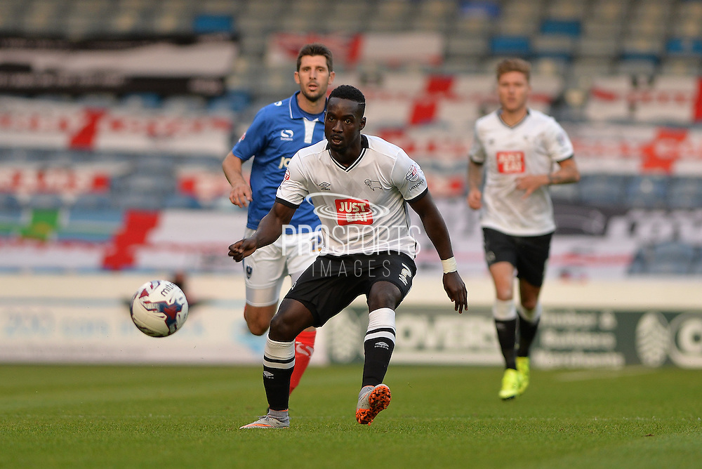 Simon Dawkins during the Capital One Cup match between Portsmouth and Derby County at Fratton Park, Portsmouth, England on 12 August 2015. Photo by Adam Rivers.