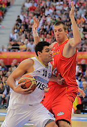 15.08.2010, Logroo, ESP, Friendly Basketball LS, Spain vs Argentia, im Bild Argentina's Carlos Delfino (l) and Spain's Fran Vazquez during Friendly match. EXPA Pictures © 2010, PhotoCredit: EXPA/ Alterphotos/ Acero +++++ ATTENTION - OUT OF SPAIN +++++
