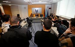PRISTINA, KOSOVO - DECEMBER 14 - Haziri Lufti, namestnik Agim Cekuja, dosedanjega premiera Kosova, na novinarski konferenci v vladni stavbi, ki so se je udelezili slovenski novinarji.