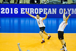 09.01.2016, Max Schmeling Halle, Berlin, GER, CEV Olympia Qualifikation, Deutschland vs Russland, im Bild Gyorgy Georg Grozer (#9, GER) und Christian Fromm (#1, GER) // during 2016 CEV Volleyball European Olympic Qualification Match between Germany and Russia at the Max Schmeling Halle in Berlin, Germany on 2016/01/09. EXPA Pictures © 2016, PhotoCredit: EXPA/ Eibner-Pressefoto/ Wuechner<br /> <br /> *****ATTENTION - OUT of GER*****