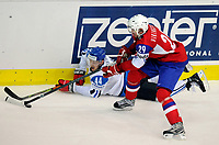 Janne Niinimaa (FIN) gegen Tore Vikingstad (NOR). © Valeriano Di Domenico/EQ Images
