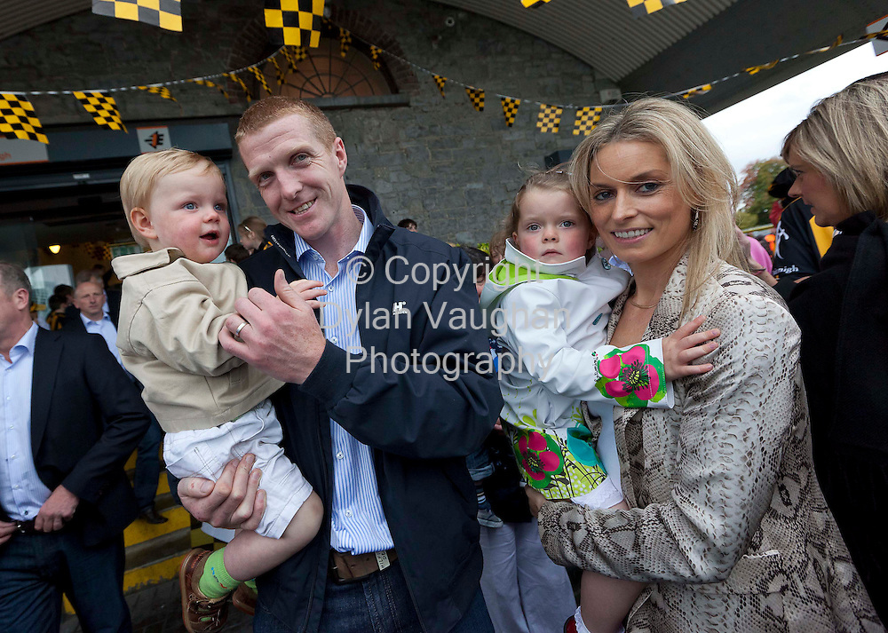 5/9/2011.Henry Shefflin with his wife Deirdre and Kids Henry (left) and Sadhbh pictured at the homecoming for the Kilkenny Senior All Ireland Hurling Team last night..Picture Dylan Vaughan.