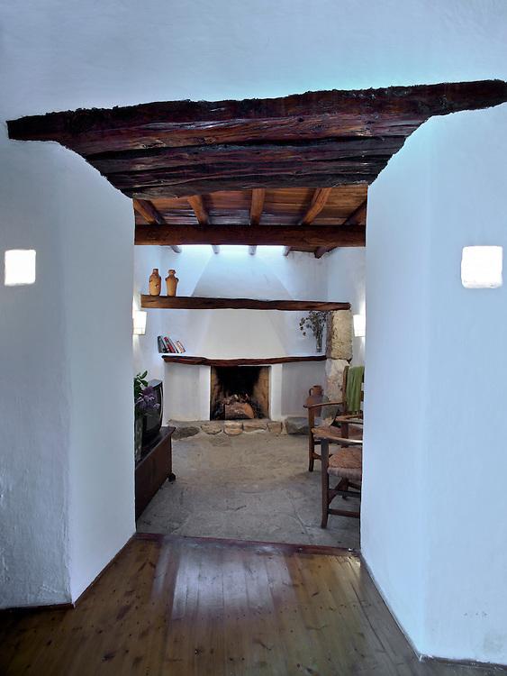 21/Junio/09 Eivissa<br /> Agroturismo Can Escandell. Habitaci&oacute;n Sa Pagesa<br /> <br /> &copy; JOAN COSTA