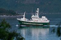 Fiskeb&aring;ten M/S Seir i Ellings&oslash;yfjorden.<br /> Foto: Svein Ove Ekornesv&aring;g