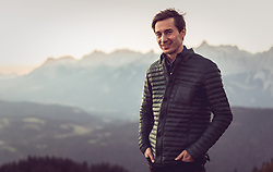 22.10.2018, Rosshuette, Seefeld, AUT, Kamil Stoch im Portrait, im Bild Kamil Stoch (POL) posiert während einer Fotosession // the Polish Skijumper Kamil Stoch during a Photoshooting at the Rosshuettte in Seefeld, Austria on 2018/10/22. EXPA Pictures © 2018, PhotoCredit: EXPA/ JFK