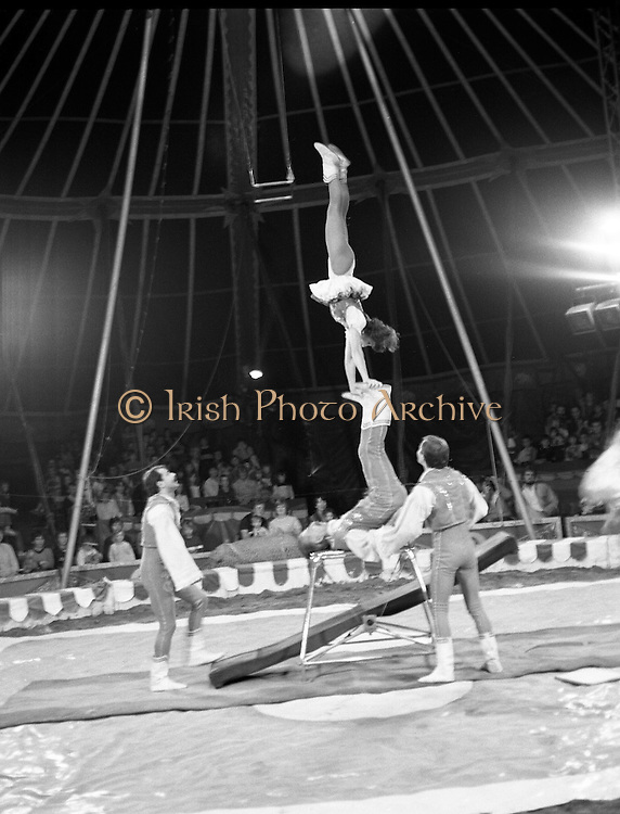 08.09.1984<br /> 09.08.1984.<br /> 8th September 1984.<br /> Chipperfield's circus performed before packed houses in Mullingar,  Co Westmeath.<br /> <br /> Photo of The Biros, a Russian troupe of acrobats as they entertain the crowd with a high octane performance.