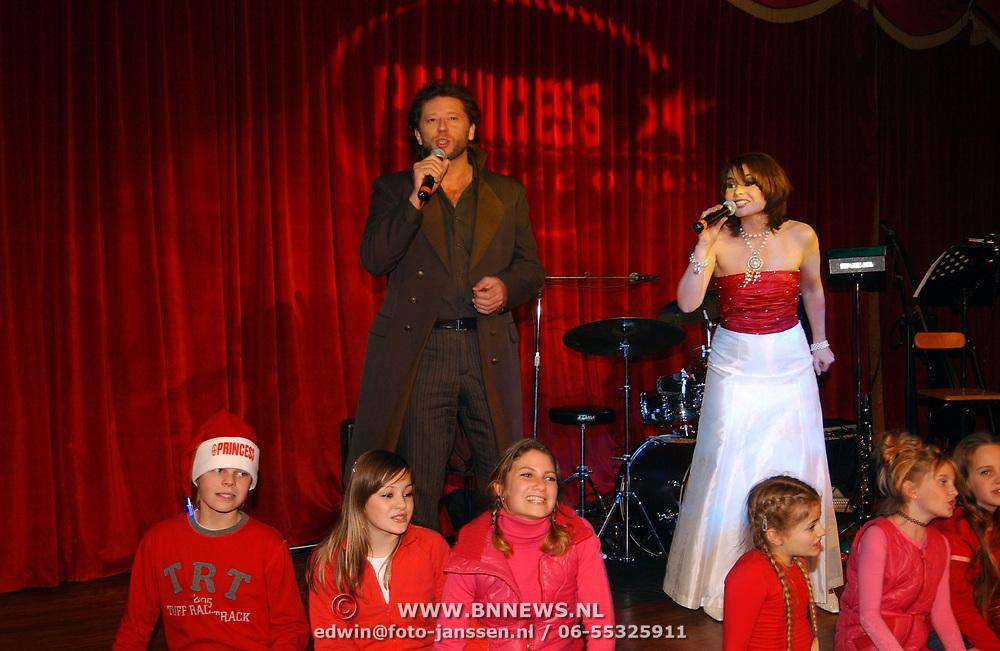 Kerstborrel Princess 2004, Maaike Widdershoven en Hans Peter Janssens