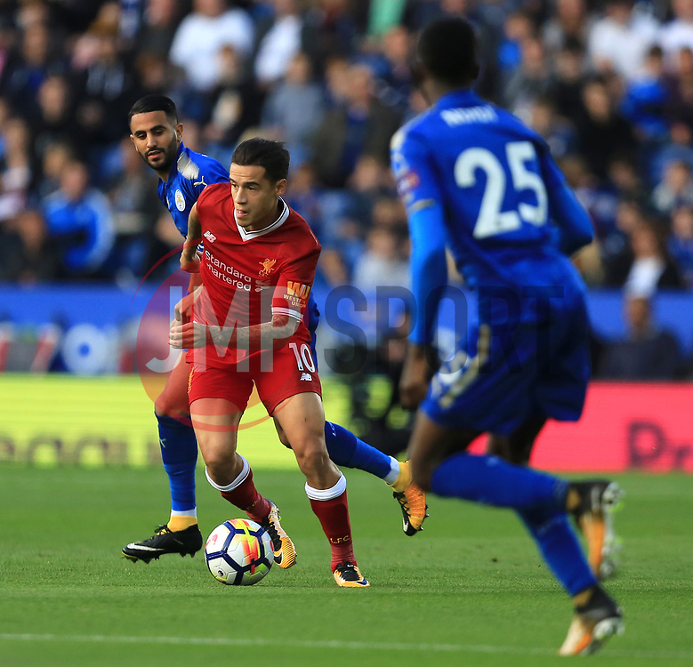 Philippe Coutinho of Liverpool escapes from Riyad Mahrez of Leicester City - Mandatory by-line: Paul Roberts/JMP - 23/09/2017 - FOOTBALL - King Power Stadium - Leicester, England - Leicester City v Liverpool - Premier League