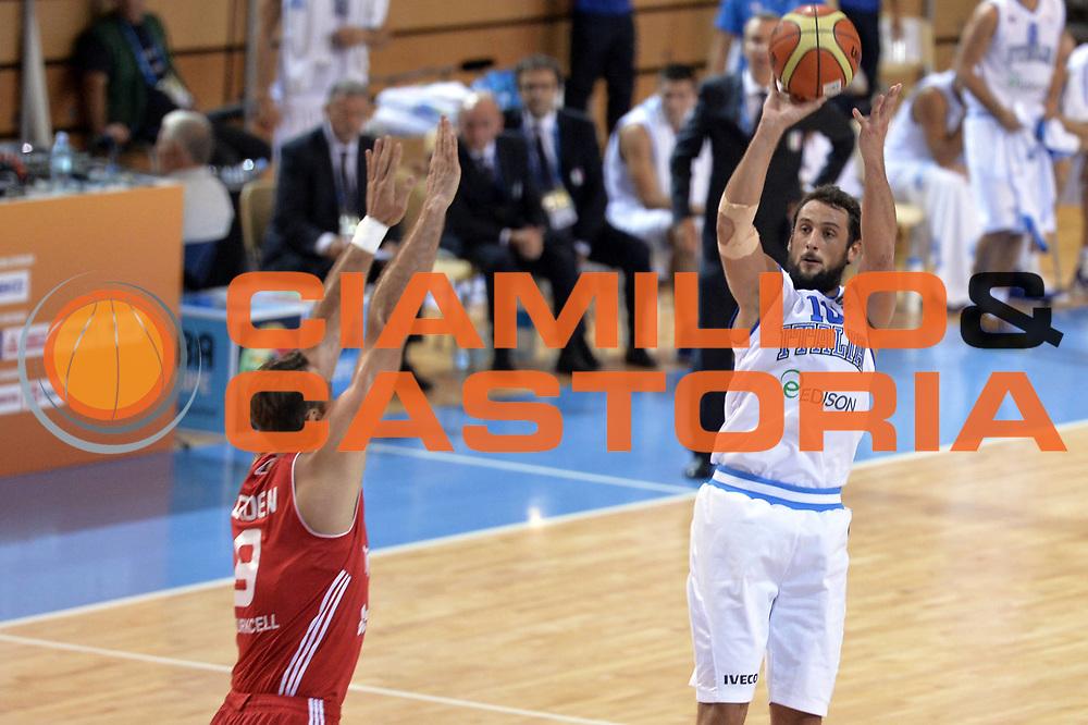 DESCRIZIONE : Capodistria Koper Slovenia Eurobasket Men 2013 Preliminary Round Italia Turchia Italy Turkey<br /> GIOCATORE : Marco Belinelli<br /> CATEGORIA : Tiro<br /> SQUADRA : Italia<br /> EVENTO : Eurobasket Men 2013<br /> GARA : Italia Turchia Italy Turkey<br /> DATA : 05/09/2013<br /> SPORT : Pallacanestro&nbsp;<br /> AUTORE : Agenzia Ciamillo-Castoria/GiulioCiamillo<br /> Galleria : Eurobasket Men 2013 <br /> Fotonotizia : Capodistria Koper Slovenia Eurobasket Men 2013 Preliminary Round Italia Turchia Italy Turkey<br /> Predefinita :
