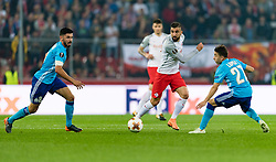 03.05.2018, Red Bull Arena, Salzburg, AUT, UEFA EL, FC Salzburg vs Olympique Marseille, Halbfinale, Rueckspiel, im Bild v.l. Morgan Sanson (Olympique Marseille), Munas Dabbur (FC Salzburg), Hiroki Sakai (Olympique Marseille)7 // during the UEFA Europa League Semifinal, 2nd Leg Match between FC Salzburg and Olympique Marseille at the Red Bull Arena in Salzburg, Austria on 2018/05/03. EXPA Pictures © 2018, PhotoCredit: EXPA/ Stefan Adelsberger