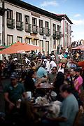 Diamantina_MG, Brasil...Municipio de Diamantina, Minas Gerais. Na foto pessoas em um bar...Diamantina, Minas Gerais, In this photo people in a bar...Foto: MARCUS DESIMONI / NITRO
