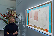 Ben Nicholson, Sept 58 (Iseo), 1958 (est. £400,000-600,000) - Modern and Post-War British & Scottish Art at Sothebys New Bond Street. The sale will take place between 21 – 22 November.