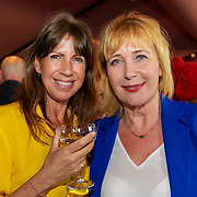NLD/Amsterdam/20190507 - Boekpresentatie Camilla Läckberg, Susan Visser met Inge Iepenburg