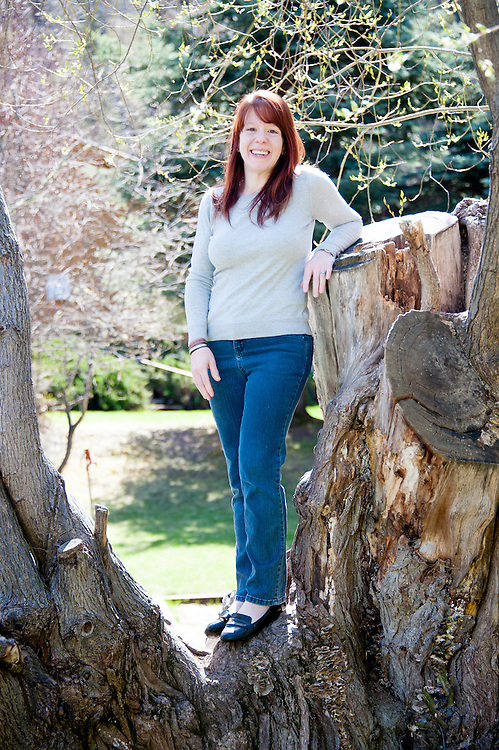 Portrait of Kathie Lapcevic, rheumatoid arthritis sufferer who lost weight to combat her pain.