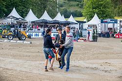 Diederichsmeier Julie Mynou (GER), Hinners Sophie (GER), Diederichsmeier Mylene (GER), NAGEL Carsten-Otto (GER)<br /> Balve - Longines Optimum 2019<br /> Siegerehrung<br /> Deutsche Meisterschaft Springen Damen<br /> 15. Juni 2019<br /> © www.sportfotos-lafrentz.de/Stefan Lafrentz