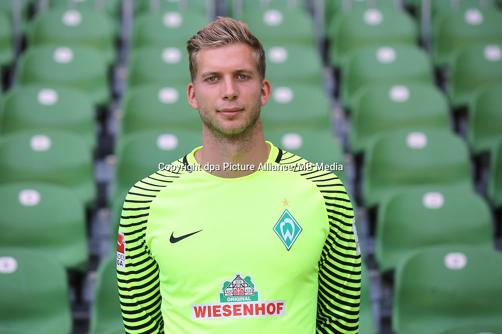 German Bundesliga - Season 2016/17 - Photocall Werder Bremen on 20 July 2016 in Bremen, Germany: Goalkeeper Felix Wiedwald. Photo: Focke Strangmann/dpa | usage worldwide