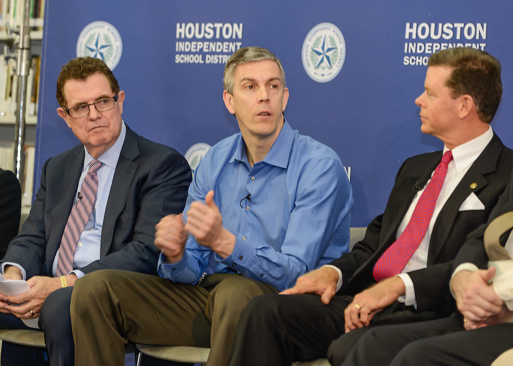 U.S. Education Secretary Arne Duncan visited HISD's Lee High School with Superintendent Terry Grier,  02/15/13.   .©Kim Christensen 2013