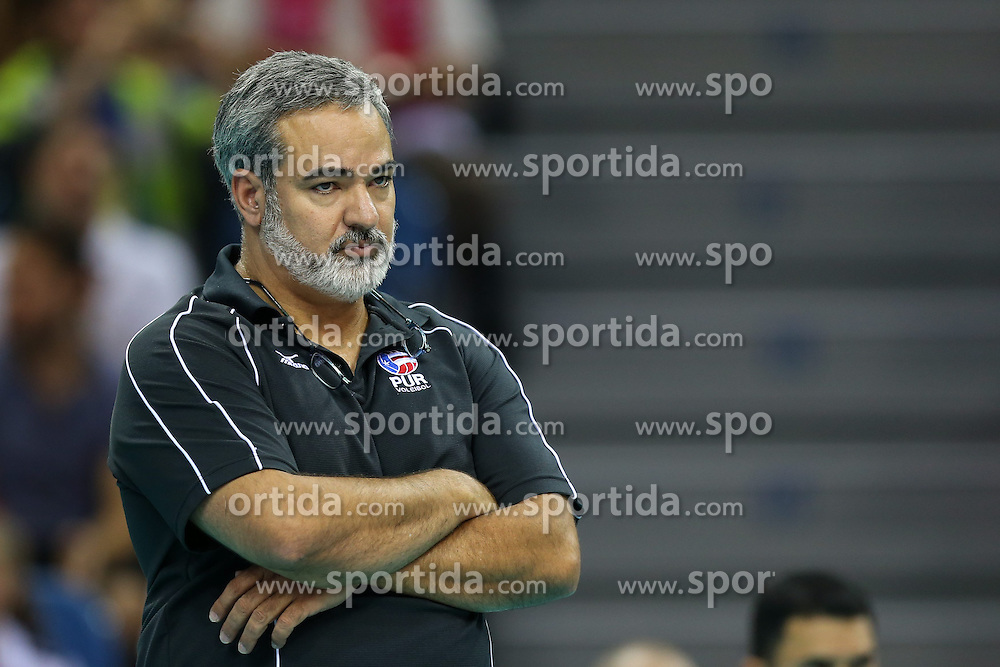 06.09.2014, Krakow Arena, Krakau, POL, FIVB WM, Puerto Rico vs Italien, Gruppe D, im Bild Trener David Aleman (PUR) // during the FIVB Volleyball Men's World Championships Pool D Match beween Puerto Rico and Italy at the Krakow Arena in Krakau, Poland on 2014/09/06. EXPA Pictures © 2014, PhotoCredit: EXPA/ Newspix/ Tomasz Jastrzebowski<br /> <br /> *****ATTENTION - for AUT, SLO, CRO, SRB, BIH, MAZ, TUR, SUI, SWE only*****