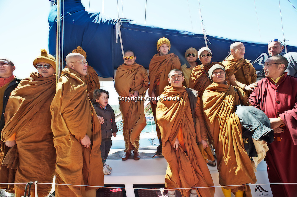 Vénérable Nyanadharo MahaThéra Luang Pu Nenkham Chattigo, Moines des forêts