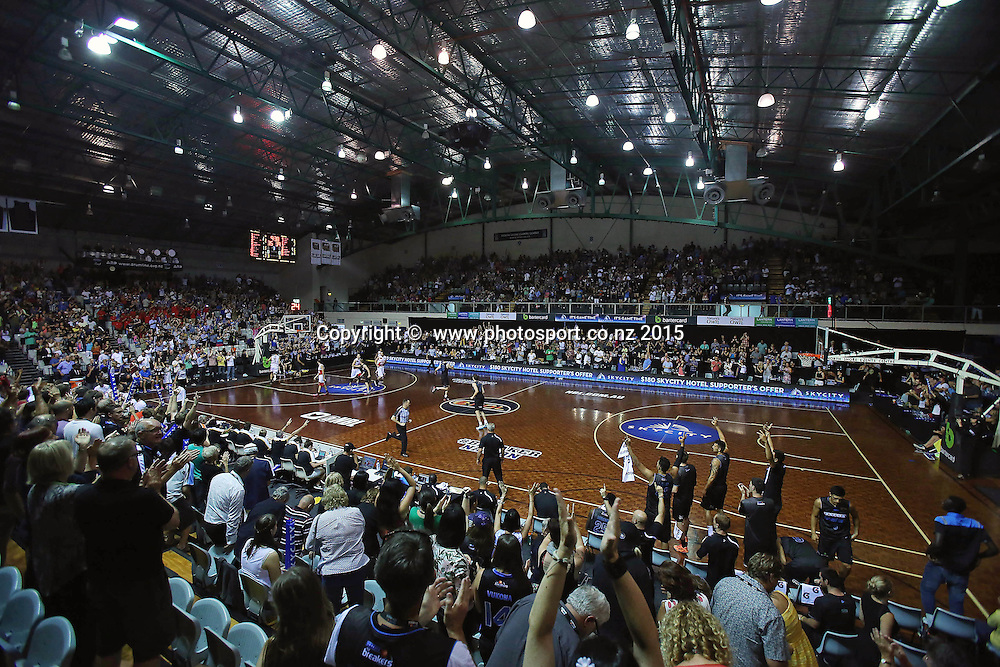 General view. 2014/15 ANBL, SkyCity Breakers vs Wollongong Hawks, North Shore Events Centre, Auckland, New Zealand. Thursday 8 January 2015. Photo: Anthony Au-Yeung / www.photosport.co.nz