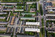 Nederland, Zuid-Holland, Rotterdam, 15-07-2012; Pendrecht (deelgemeente Charlois, Rotterdam-Zuid). Sliedrechtstraat en omgeving, strokenbouw..Nieuwbouwwijk uit de jaren vijftig van de vorige eeuw, wederopbouw periode. Stedenbouwkundig ontwerp van Lotte Stam-Beese, kenmerkend zijn de ruime opzet en  veel groen. Ontworpen als wijk met verschillende woningtypen (en verschillende bewoners) en voorzien van alle voorzieningen..Pendrecht (part of Charlois, Rotterdam-South). New neighborhood (fifties of the last century), post-war reconstruction period. Urban design of Lotte Stam-Beese, characterized by spacious layout and lots of green. Designed as residential district with different housing types.. .QQQ.luchtfoto (toeslag), aerial photo (additional fee required).foto/photo Siebe Swart