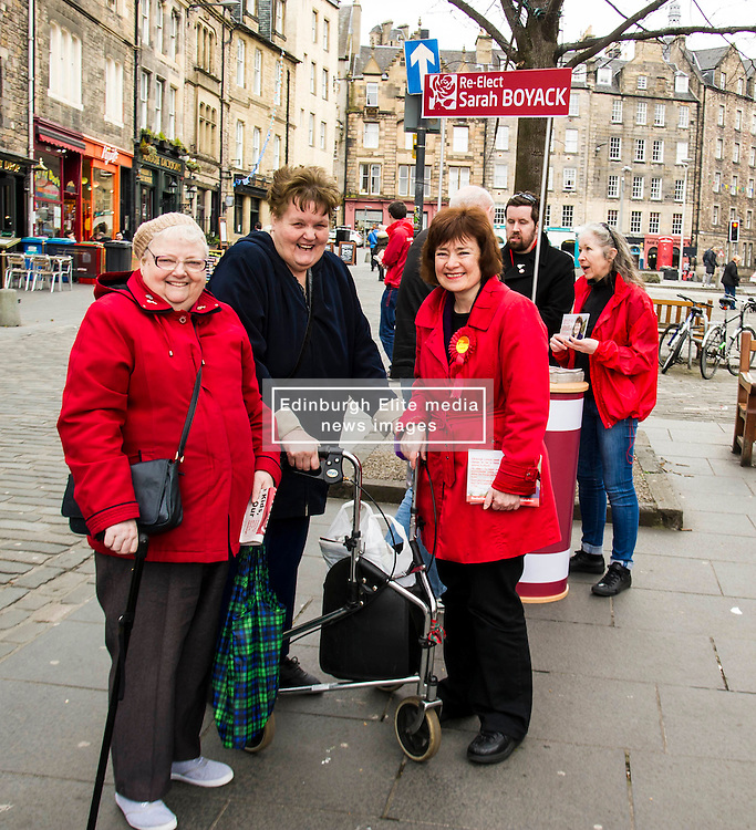 Pictured: Sarah Boyack meets some of her constituents<br /> <br /> Scottish Labour deputy leader Alex Rowley was joined by the party's environment spokeswoman Sarah Boyack and party activists at a farmers' market in the Grassmarket, Edinburgh today. <br /> <br /> Ger Harley | EEm 1 April 2016
